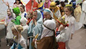 Radostný karneval s biblickými postavami